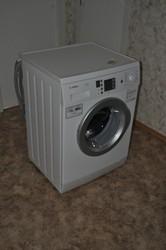 Продам новую стиральную машину BOSCH Maxx 7 Vario Perfect ДЁШЕВО!!!